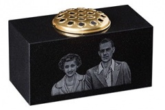 "Shadow punched portrait on a vase - shown in black granite.6"" (h) x 12"" (w) x 6"" (d)Product code -  16205"